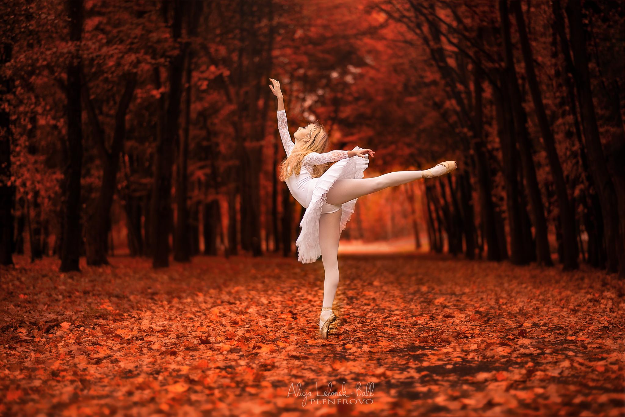 Oliwia – jesienna sesja baletowa